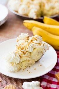 A Salted Caramel Banana Pie with a - 250 Yummy Banana Recipes - RecipePin.com