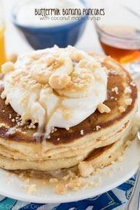 These Buttermilk Banana Pancakes a - 250 Yummy Banana Recipes - RecipePin.com