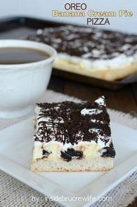 Oreo Banana Cream Pie Pizza - laye - 250 Yummy Banana Recipes - RecipePin.com