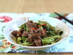 Saute Morning Glory and Beef - 235 Chinese Recipes - RecipePin.com
