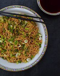 Sweet, Aromatic Soy Sauce Noodles  - 235 Chinese Recipes - RecipePin.com