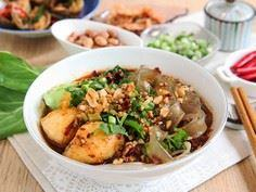 Sichuan Spicy Noodle Soup - 235 Chinese Recipes - RecipePin.com