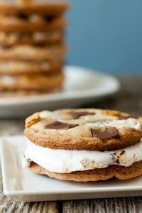 Giant S'mores Cookies - 300 Favorite Cookie Recipes - RecipePin.com