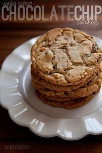vanilla salted chocolate chip cook - 300 Favorite Cookie Recipes - RecipePin.com