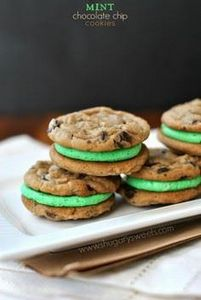 Mint Chocolate Chip Sandwich Cooki - 300 Favorite Cookie Recipes - RecipePin.com