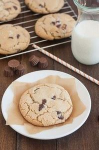 Salted Chocolate Chip Peanut Butte - 300 Favorite Cookie Recipes - RecipePin.com