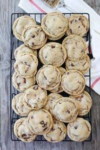 Malted Chocolate Chip Whopper Cook - 300 Favorite Cookie Recipes - RecipePin.com