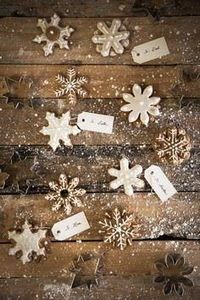 Gingerbread Snowflakes - 300 Favorite Cookie Recipes - RecipePin.com
