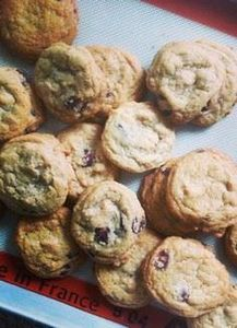 My Go-To Chocolate Chip Cookie Rec - 300 Favorite Cookie Recipes - RecipePin.com