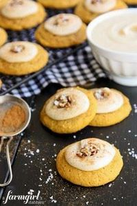 Melt-In-Your-Mouth Pumpkin Cookies - 300 Favorite Cookie Recipes - RecipePin.com