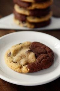 Brookies {Brownie + Chocolate Chip - 300 Favorite Cookie Recipes - RecipePin.com
