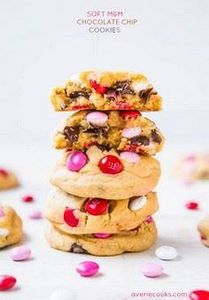 Soft M&M Chocolate Chip Cookie - 300 Favorite Cookie Recipes - RecipePin.com