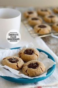 Chocolate Filled Gingersnaps. Thes - 300 Favorite Cookie Recipes - RecipePin.com