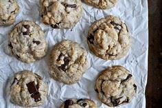 Brown Butter Oatmeal Chunk Cookies - 300 Favorite Cookie Recipes - RecipePin.com