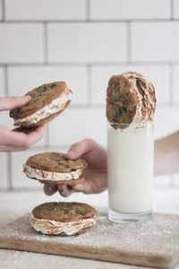 Chocolate Chip S'mores Cookie Sand - 300 Favorite Cookie Recipes - RecipePin.com