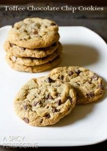 Toffee Chocolate Chip Cookies - 300 Favorite Cookie Recipes - RecipePin.com