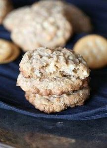 Salty Ritz Cracker Oatmeal Cookies - 300 Favorite Cookie Recipes - RecipePin.com