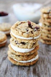 Oatmeal Cranberry Sandwich Cookies - 300 Favorite Cookie Recipes - RecipePin.com