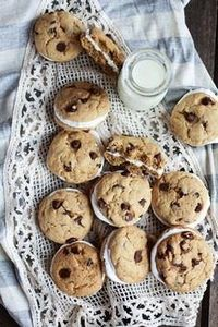 Chocolate Chip Banana FlufferNutte - 300 Favorite Cookie Recipes - RecipePin.com