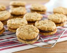 Peanut Butter Oat Cookies with Cho - 240 Desserts with Peanut Butter Or Nut Butter - RecipePin.com