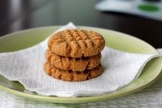 Peanut Butter Cookies - 240 Desserts with Peanut Butter Or Nut Butter - RecipePin.com