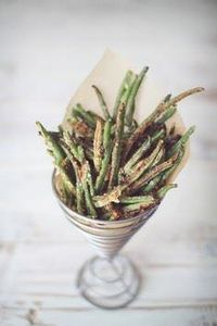 Baked Parmesan Green Bean Fries - 195 Green Bean Recipes - RecipePin.com