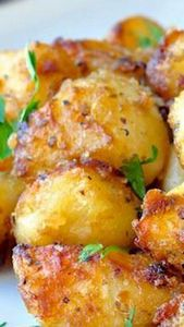 Lemon Herb Roasted Potato Nuggets - 250 Lemon Recipes - RecipePin.com