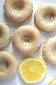 Make these Baked Lemon Donuts from - 250 Lemon Recipes - RecipePin.com