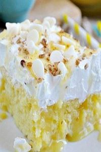 Lemon Poke Cake - 250 Lemon Recipes - RecipePin.com
