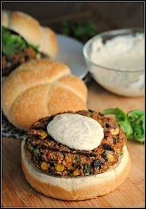 Black Bean and Quinoa Veggie Burge