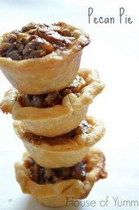 These Pecan Pies might look small. - 250 Pie Recipes + Tart Recipes - RecipePin.com