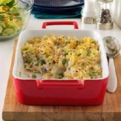 Creamy Tuna-Noodle Casserole - 140 Canned Tuna Recipes - RecipePin.com