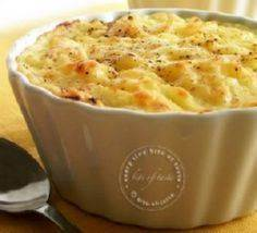 Tuna and Mushroom Potato Pot Pie.  - 140 Canned Tuna Recipes - RecipePin.com