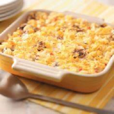 De-Lightful Tuna Casserole - 140 Canned Tuna Recipes - RecipePin.com