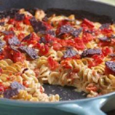 Tuna-&-Tomato Mac & Cheese - 140 Canned Tuna Recipes - RecipePin.com